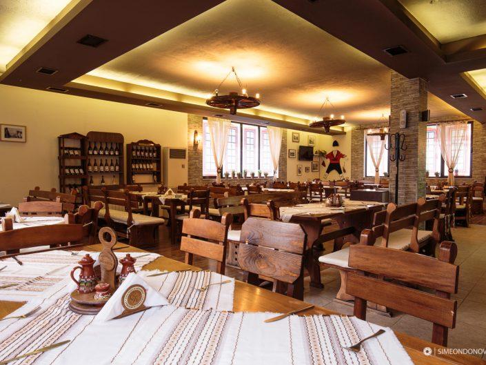 Ресторант Мурафети, град София. Интериорна фотография - София