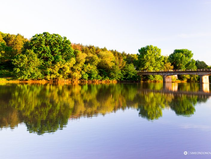 Река Огоста по залез, село Хайредин