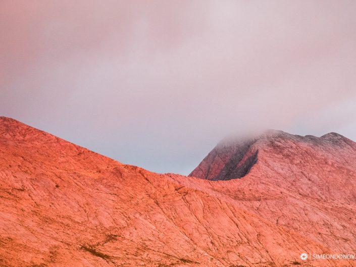 Кончето и Кутело огряни от последните лъчи, Национален парк Пирин