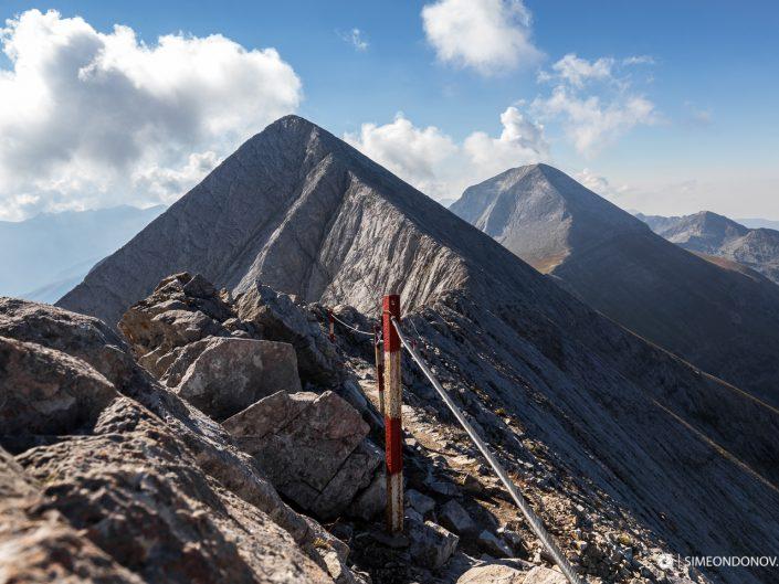 Изглед към Кончето, Кутело и връх Вихрен, Национален парк Пирин
