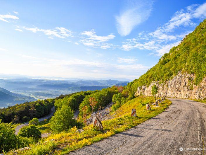 Пътят за връх Околчица, Врачански Балкан