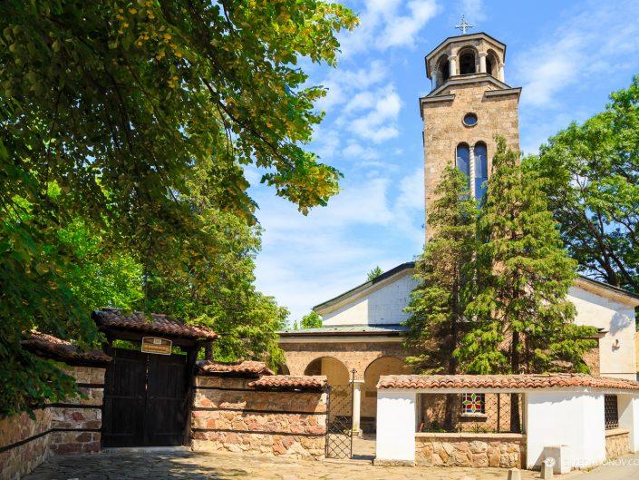 """Църквата """"Св. Възнесение"""", град Враца. Забележителности България. Български забележителности."""