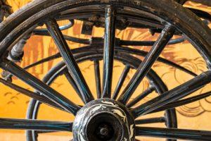 Колела на стара българска карета