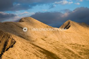 Карстов ръб Кончето - седловината между връх Бански суходол и връх Кутело